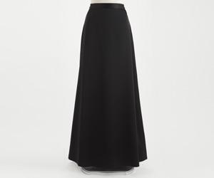 トリアセテートサテンロングスカート 黒/3001 (裾周り約180cm)